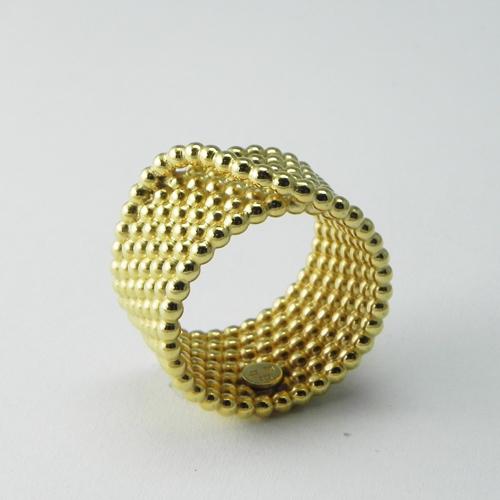 Ring aus Perldraht, Silber vergoldet. Auch in Gelb- oder Weissgold erhältlich.