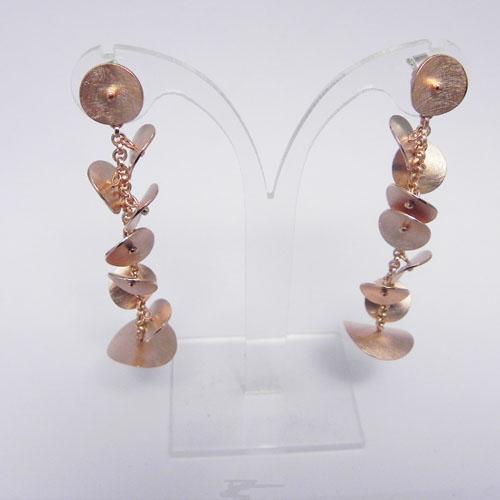 Ohrhänger in Form von Blütenblättern aus Rotgold, Kundenanfertigung