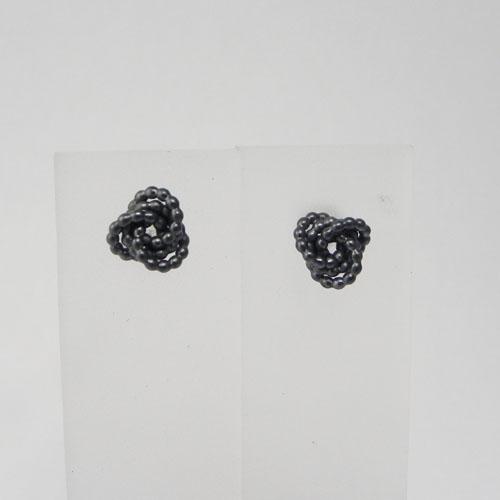 Ohrstecker aus Parldraht, Silber geschwärzt