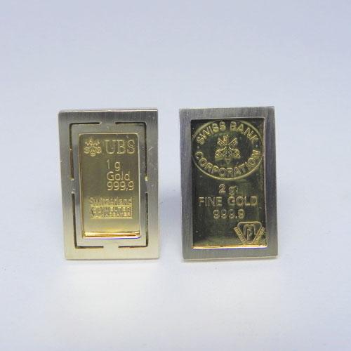 Handgefertigte Ohrclips mit unterschiedlichen Goldbarren, Kundenanfertigung